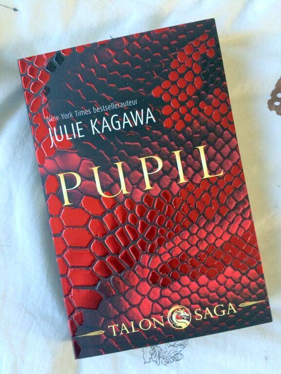 Pupil Julie Kagawa